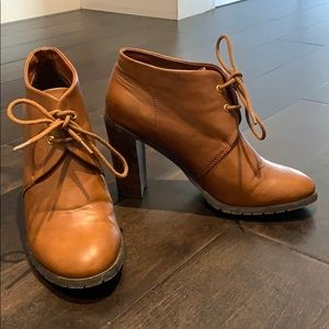 👢FAUX LEATHER AUTUMN BOOTIES